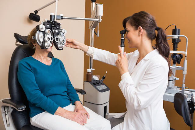 Online medical course in Ophthalmology