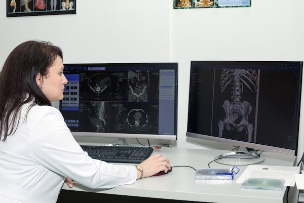 Online medical course on Radiology